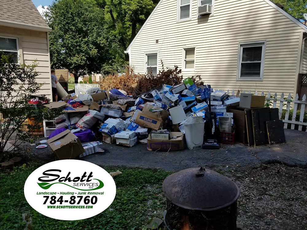 junk removal, trash removal, trash pickup, furniture removal, appliance removal, exercise equipment removal, junk hauling, Indianapolis, Fishers, Geist, Greenwood, Speedway, Carmel, New Palestine, Whiteland,