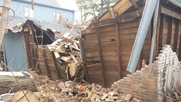 Garage Shed And Mini Barn Demolition