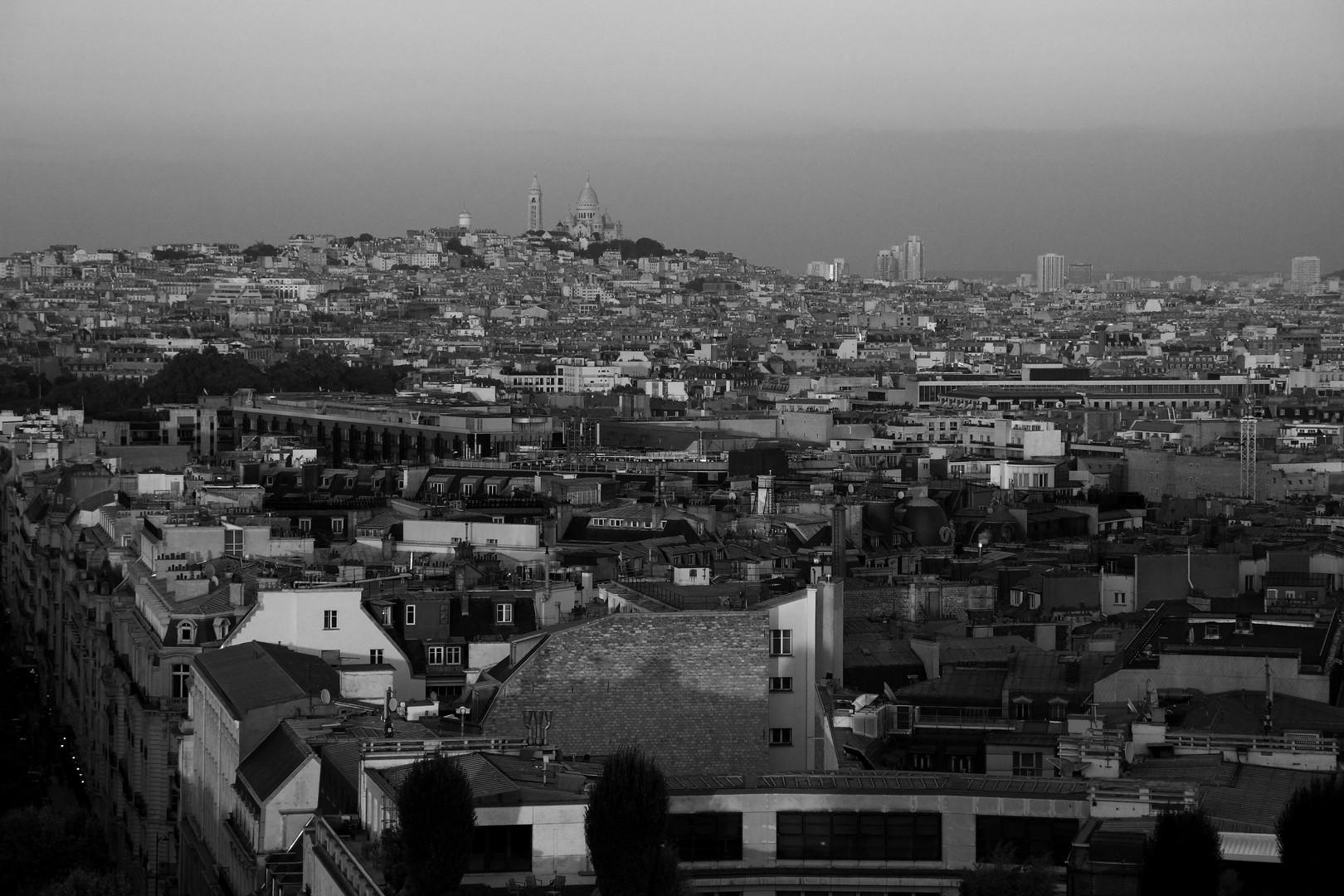 Sacre Coeur Over Paris 2016.JPG