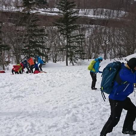雪崩捜索救助講習