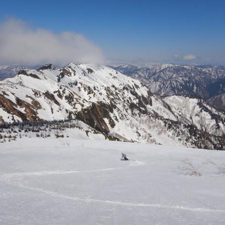 登山のためのスキー