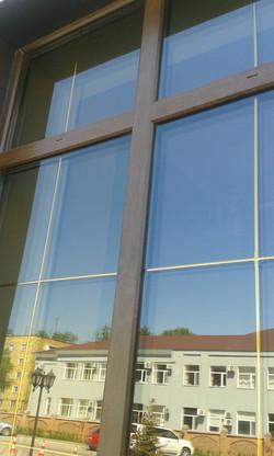 Окна из ламинированного профиля