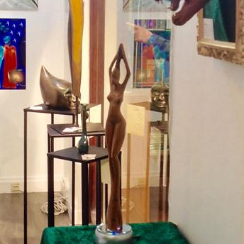 sculpture Guinée femme