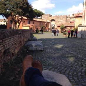 A spasso per il Borgo di Ostia Antica - Roma
