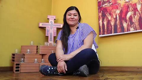 Die Koordinatorin Isabel Gomez in La Paz sagt ein paar Worte zu zuküftigen Freiwilligen.