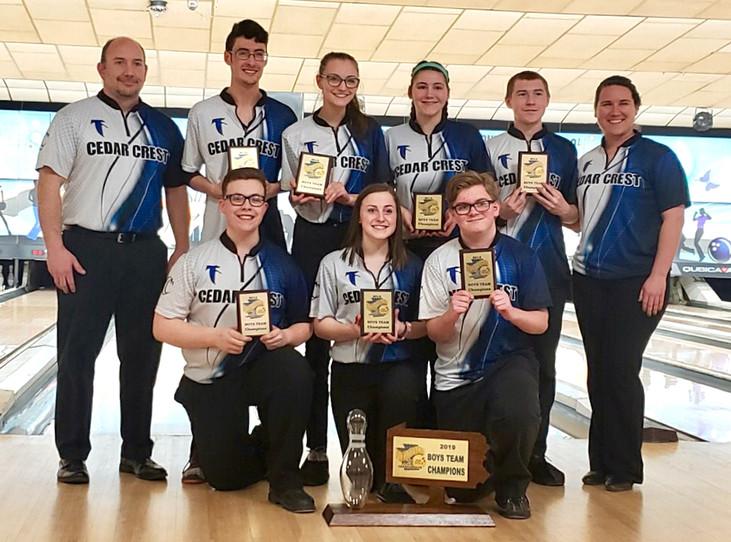 Bowling claim team, two individual titles