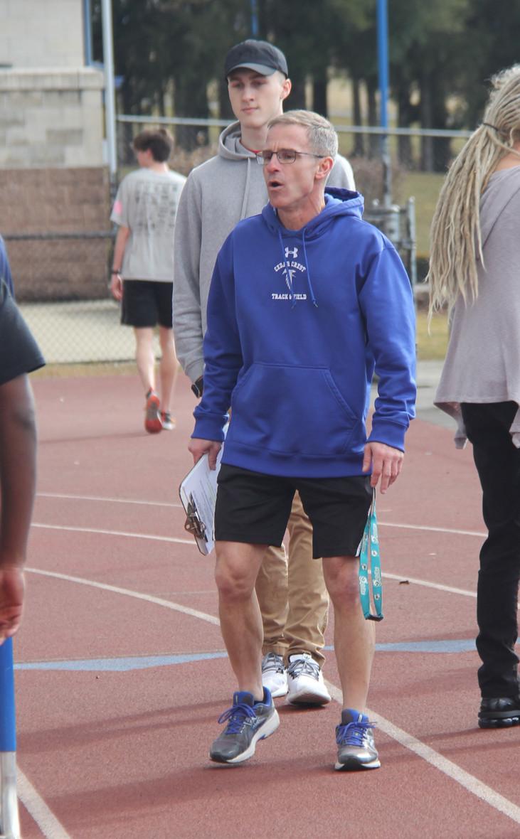 Track dedicates season to coach's wife