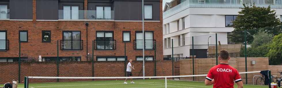 parsons green tennis club lessons