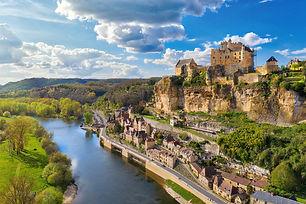 Beynac-Dordogne-1450x966.jpg