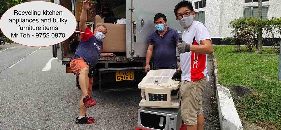 Mr Toh Recycling.jpg