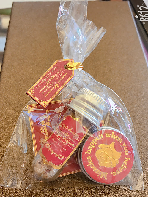 Wedding gifts (Organic Rose water + Aromatic Eye Filter) 結婚回禮小禮物 (有機玫瑰花水和眼霜)