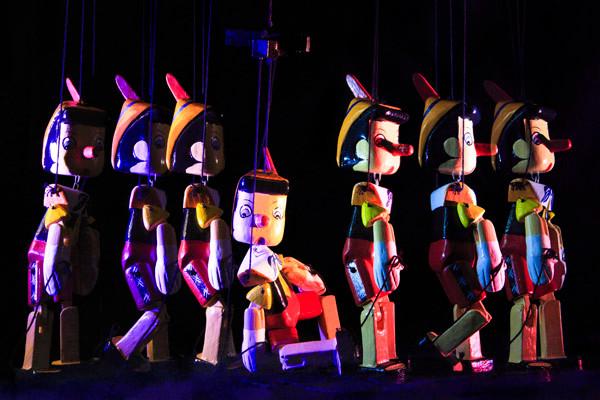 Marionette #02_Digital C-Print_75x50cm_2
