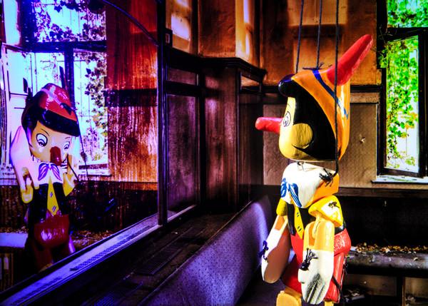 Marionette #07_Digital C-Print_70x50cm_2