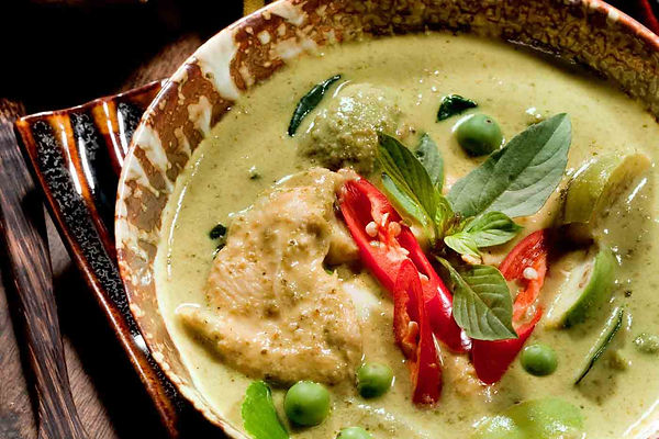 Thai-green-curry-chicken-GettyImages-183