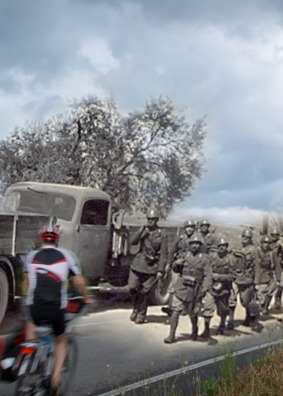 Colonna di militari e ciclisti nei pressi del Braccio di Mensano