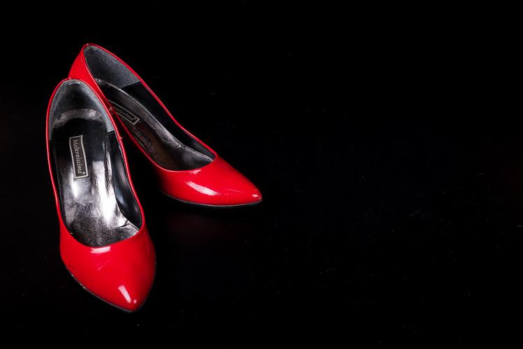 Scarpe rosse-1.jpg
