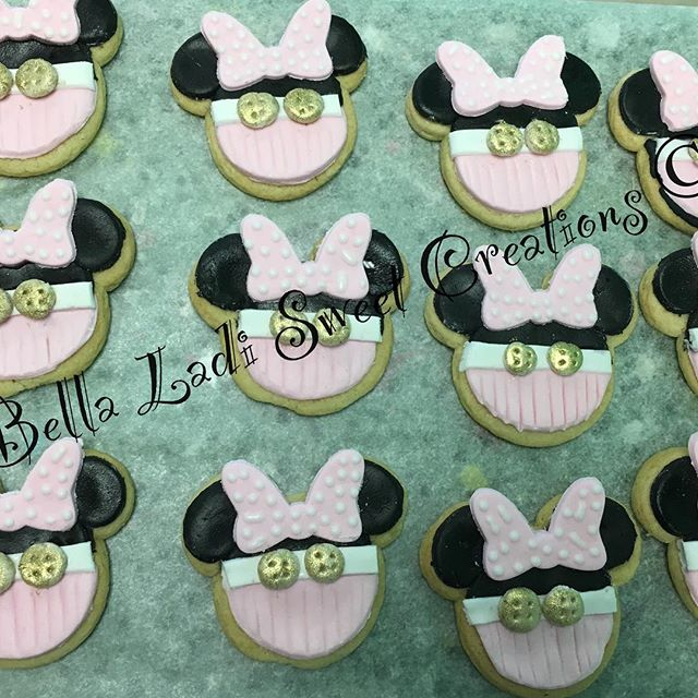 Minnie Sugar Cookies