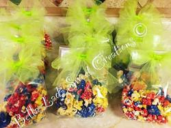 Multi-color popcorn