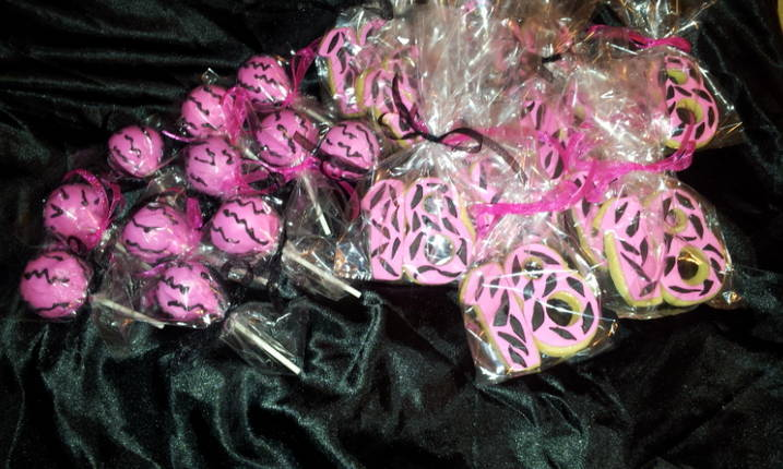 Cake Pops & Custom Cookies
