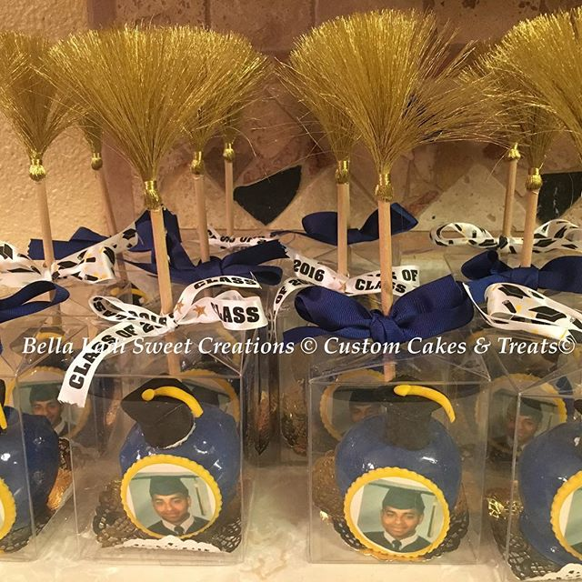 Graduation Candy Apples