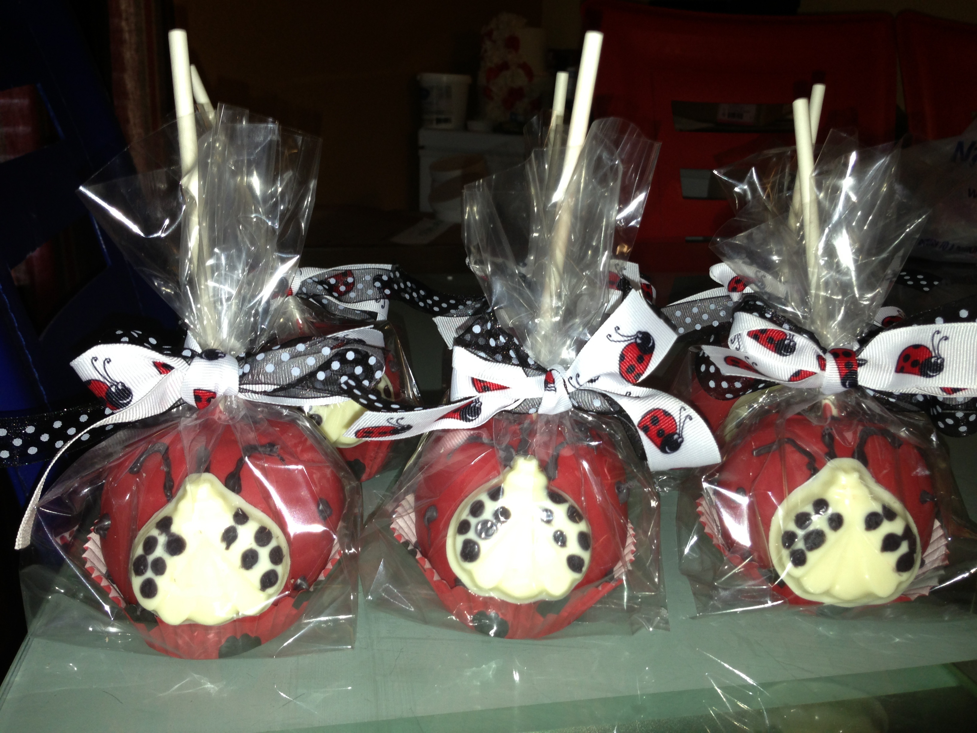 Lady Bug Chocolate Apples