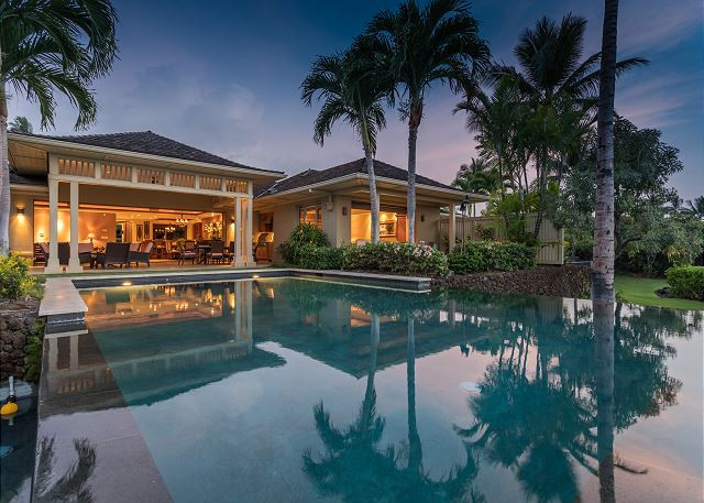 Rent a beautiful villa in Hawaii, the big island