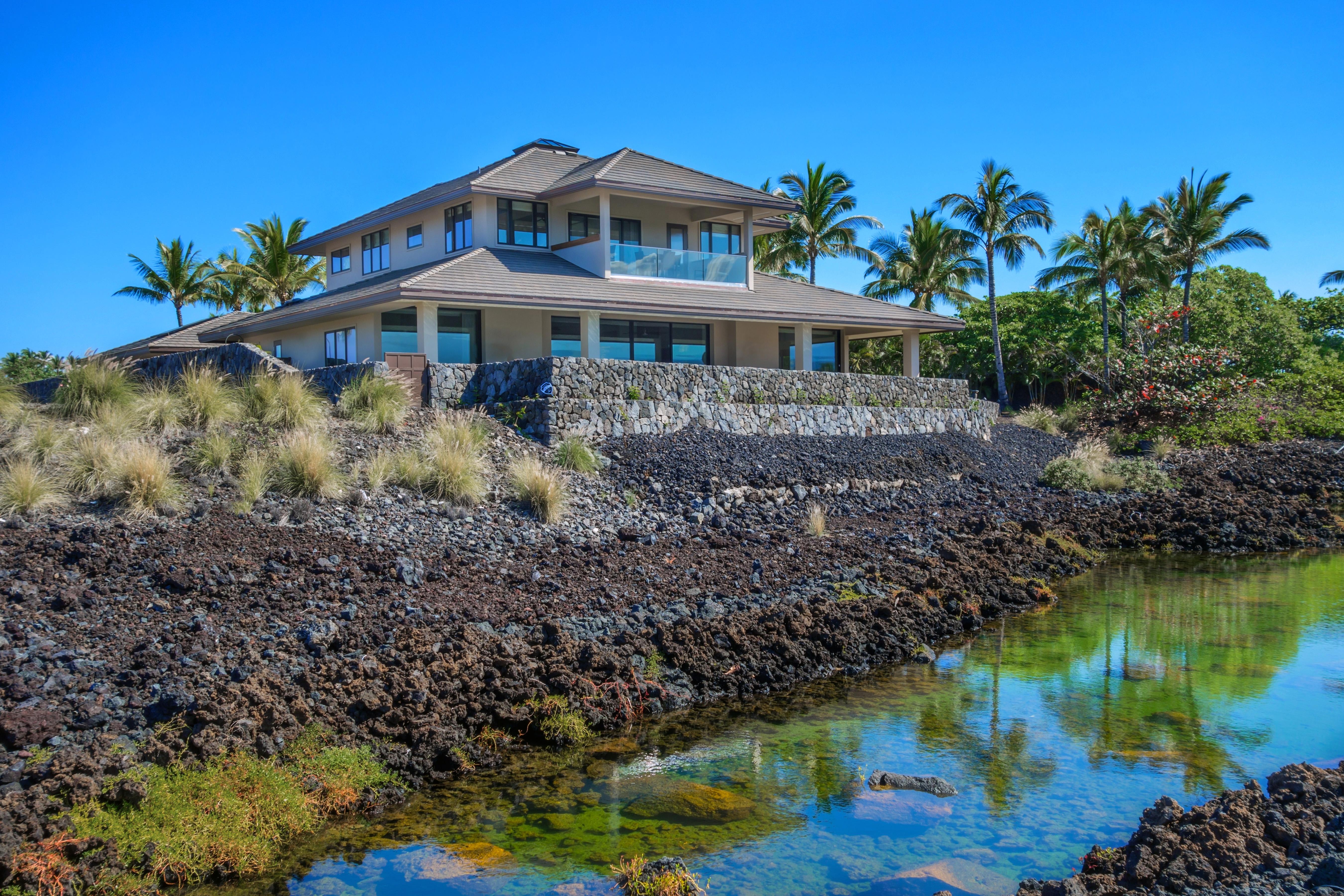 Hawaii 409 - 2