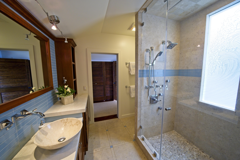 Interior 25 - Bathroom
