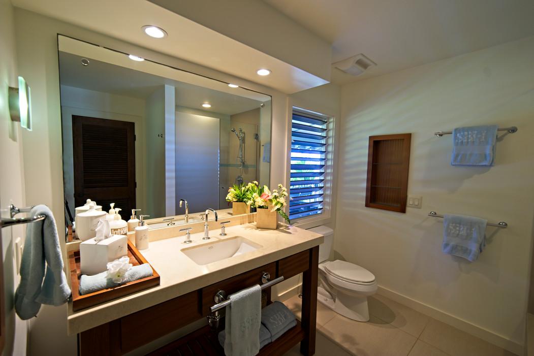 interior-23-bathroomjpg