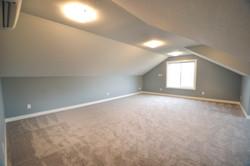 Bonus Room (Above 2 Car Garage)