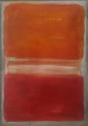 Arancio, bianco e rosso su grigio