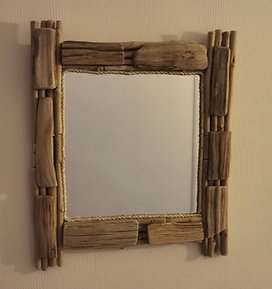 Vierkante spiegel van drijfhout (Op bestelling)