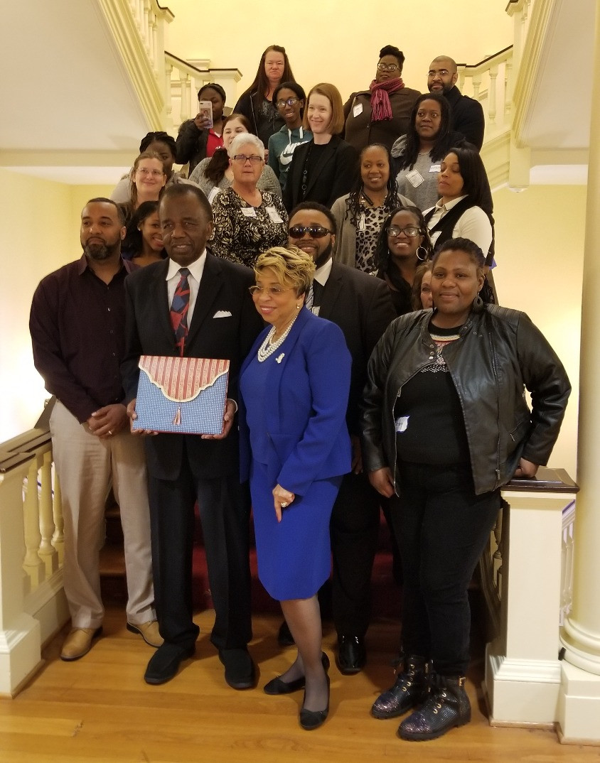 Head Start parents and staff thank Senator Currie for his years of work advocating for Head Start at Head Start Day in Annapolis