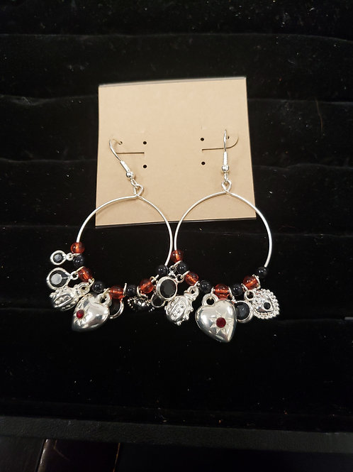 Charm silver, black and orange