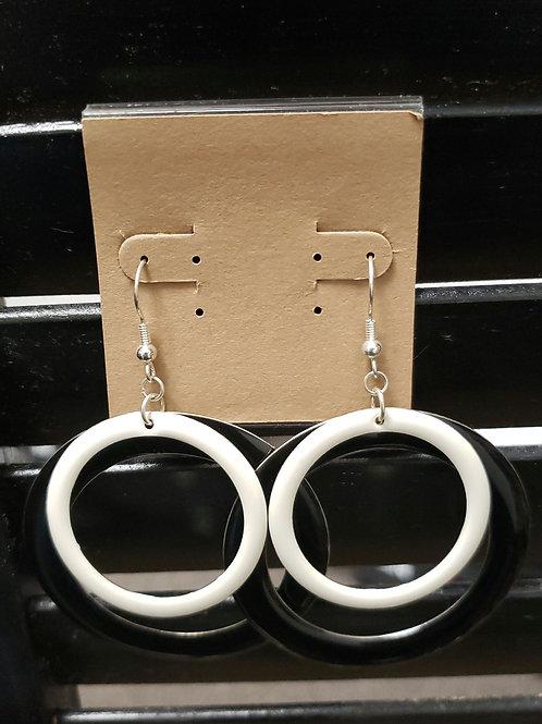 Black & white double ring earrings