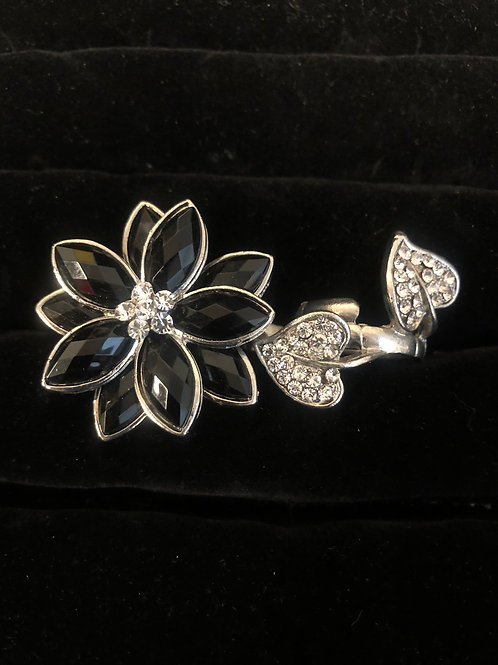 Double Finger Black Rhinestone Flower w/Rhinestone hearts