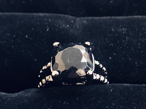 Elegant Black Stone ring