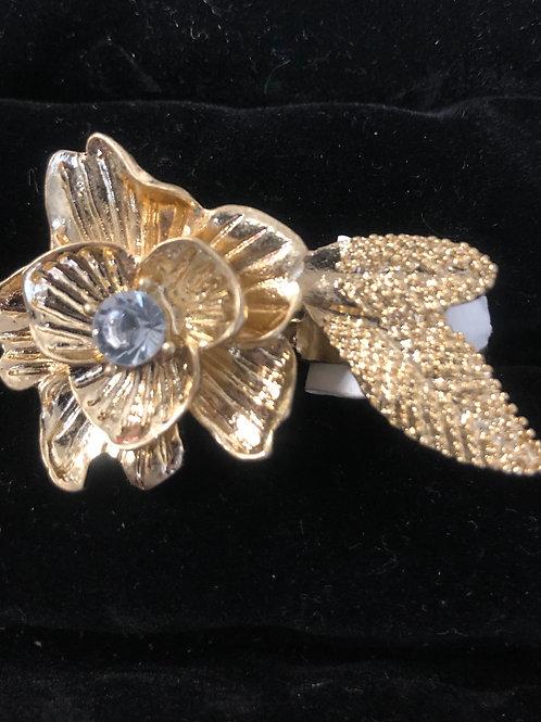 Double Finger Gold Flower ring