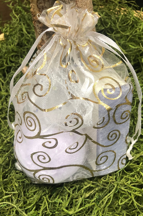 Lavender Soap and Bathbomb Gift Set