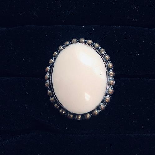 Antique Gold Finish w/Cream Stone ring  (adjustable)
