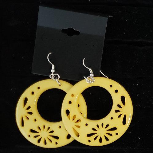 Yellow round dangle earrings