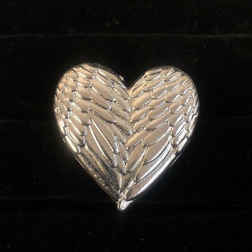 Heart shape wings ring