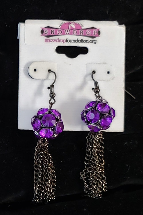 Purple gem round with chain dangles