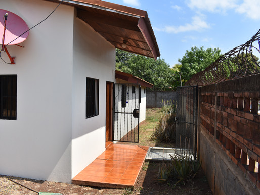 Perfect House Granada. 2Bedrooms, 2Baths, Large Patio. US$80,000