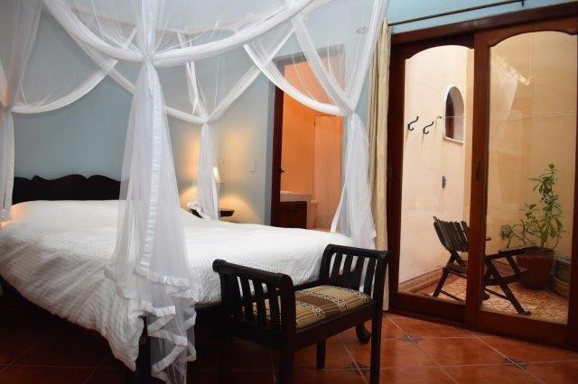 condo-bed-room