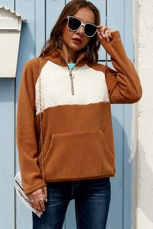 Camel Pullover.jpg