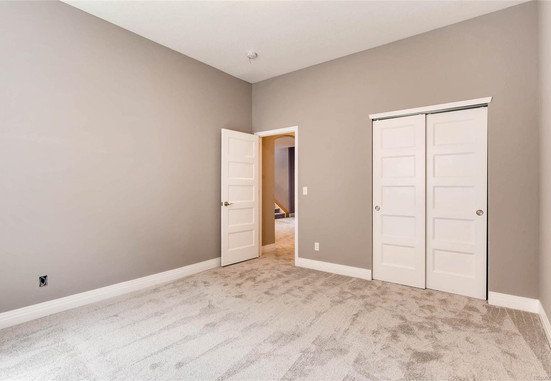 basement bedroom 1.jpg
