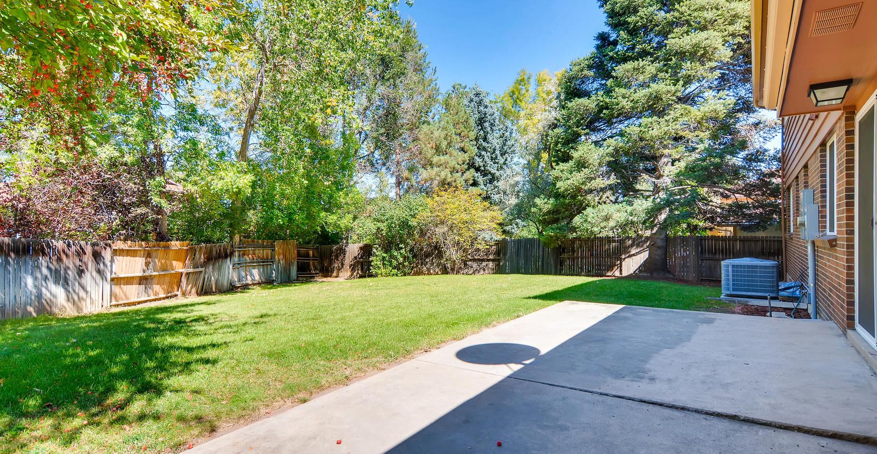 7771 E Oxford Ave Denver CO-026-26-Back