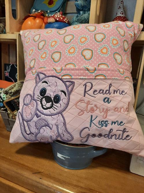 #23 kitten read me a story pillow