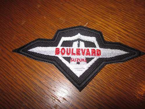 Boulevard red font